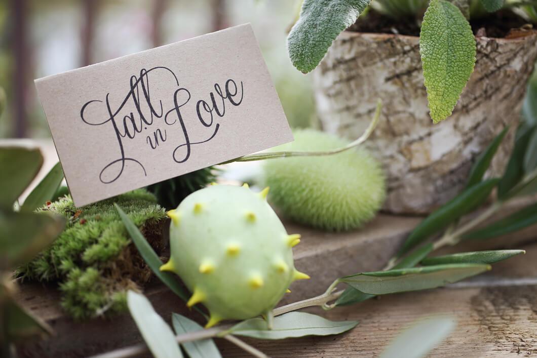 Fall in Love Inspiration Herbsthochzeit papeterie Kraft papier