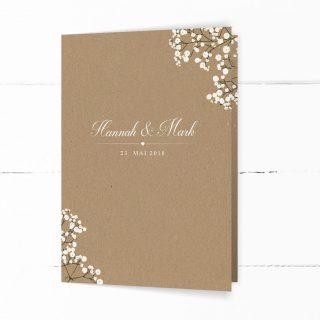 Kraftpapier-Hochzeitseinladung im Vintage Stil, verziert mit Schleierkraur und einer geschwungenen Schrift