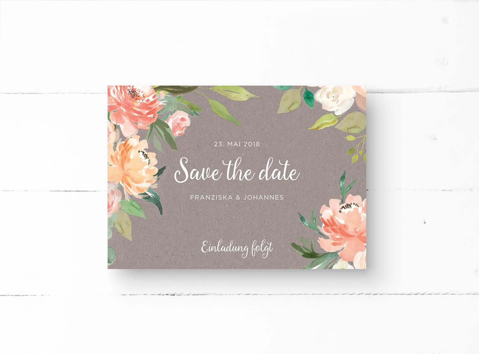 save the date einladung verziert mit pfirsichfarbenen pfingstrosen. Black Bedroom Furniture Sets. Home Design Ideas