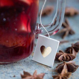 Sangria mit einer Glühweinnote, Herzchen anhänger